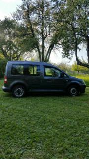 VW Caddy mit