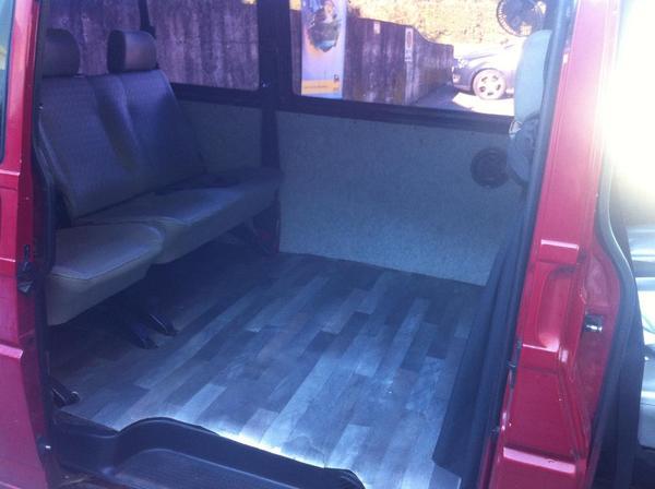 vw t4 transporter 9 sitzpl tze und mit bett funktion in. Black Bedroom Furniture Sets. Home Design Ideas