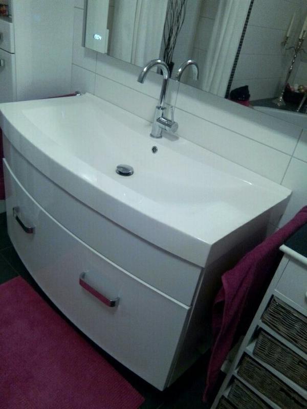 waschbecken unterschrank kleinanzeigen familie haus garten. Black Bedroom Furniture Sets. Home Design Ideas