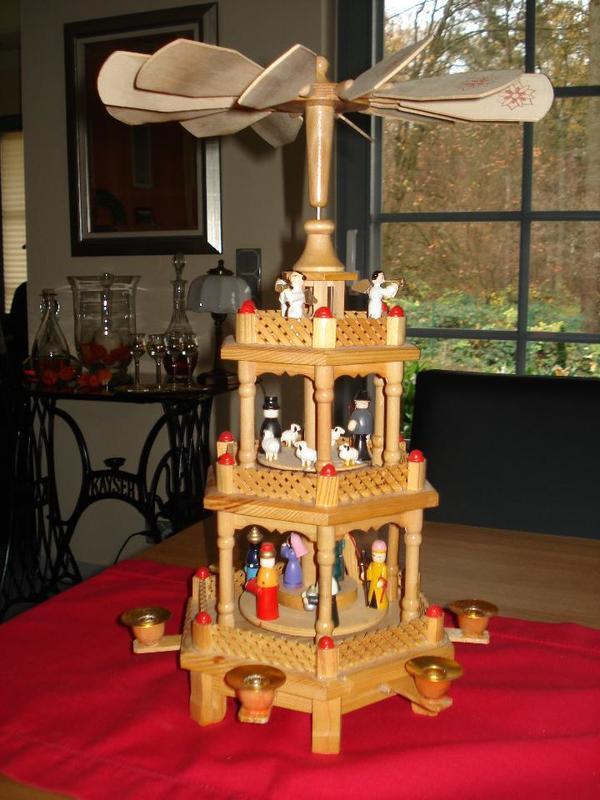weihnachtspyramide kaufen gebraucht und g nstig. Black Bedroom Furniture Sets. Home Design Ideas