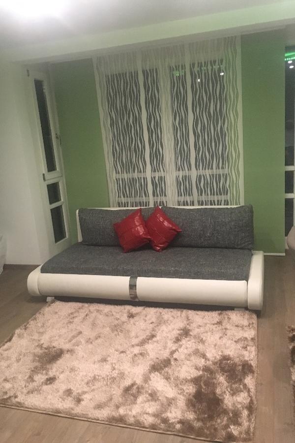 wohnung in augsburg vermietung 1 zimmer wohnungen kaufen und verkaufen ber private kleinanzeigen. Black Bedroom Furniture Sets. Home Design Ideas