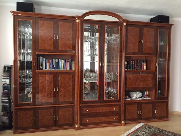 wohnzimmer hochglanz kleinanzeigen schr nke vitrinen. Black Bedroom Furniture Sets. Home Design Ideas