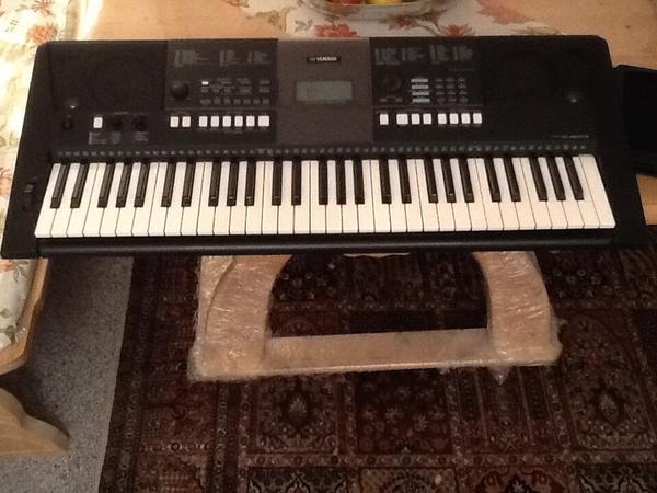 Yamaha tyros neu und gebraucht kaufen bei for Yamaha psr e423 for sale