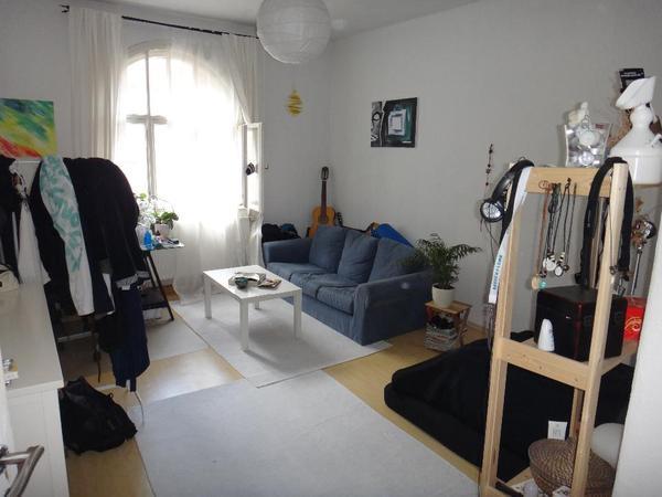 zimmeraufl sung sofa matratze tisch spiegel in n rnberg haushaltsaufl sungen kaufen. Black Bedroom Furniture Sets. Home Design Ideas