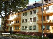 2-4 Wohnungen
