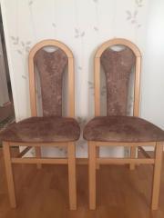 2 braune Stühle (
