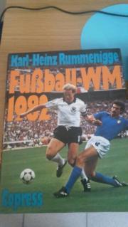 2 Bücher von WM 1982