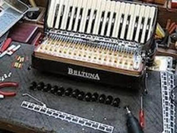 Akkordeon und steirische Harmonikas Reparaturen