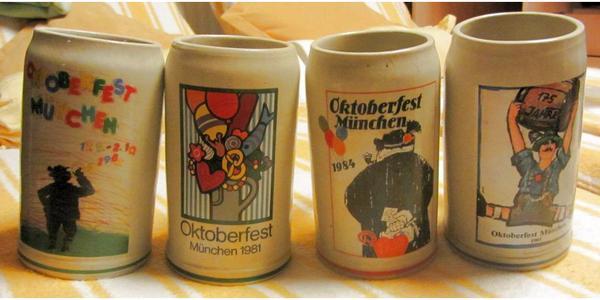 alte Oktoberfest Jahreskrüge