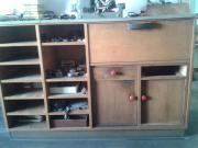 Alter Werkstattschrank- Holz