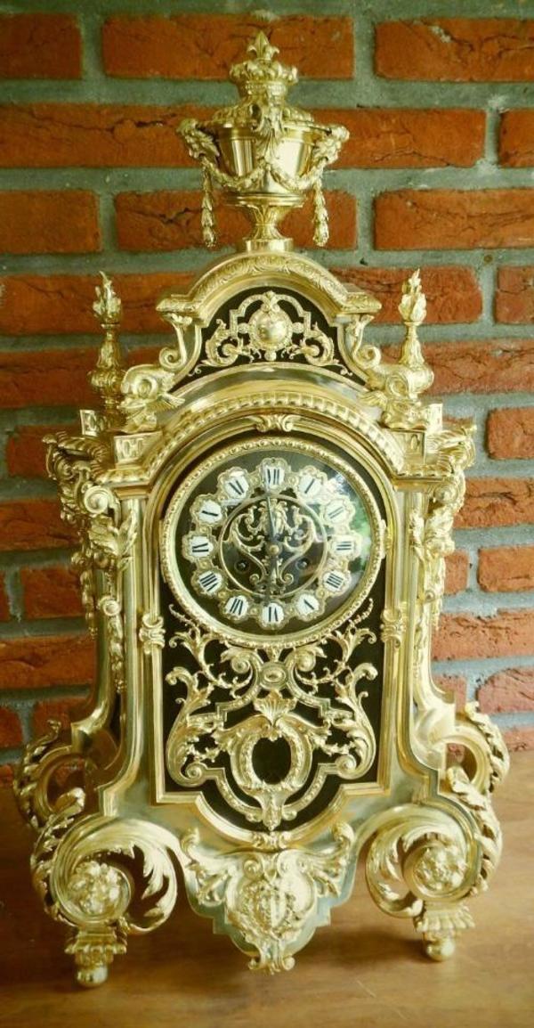 antike franz sische kaminuhr tischuhr clock pendule aus feuervergoldete bronze in aken. Black Bedroom Furniture Sets. Home Design Ideas