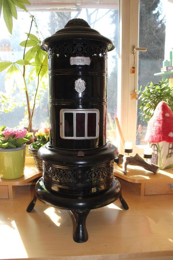 antiker petroleumofen in neuried sonstige antiquit ten. Black Bedroom Furniture Sets. Home Design Ideas