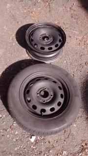 Autofelgen mit Reifen