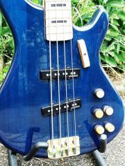Bassgitarre - Exklusiver Eigenbau,