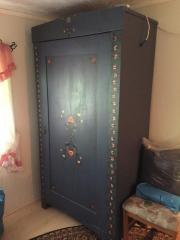 bauernschrank bemalt haushalt m bel gebraucht und neu kaufen. Black Bedroom Furniture Sets. Home Design Ideas