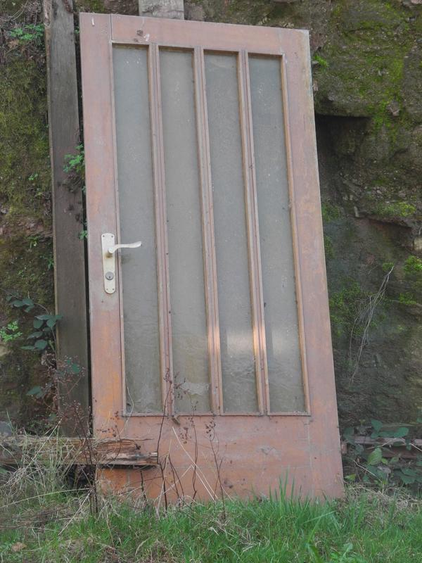 Zimmertür holz glas  Bautür Zimmertür Holz Glas zu verschenken, Schloss muss getauscht ...