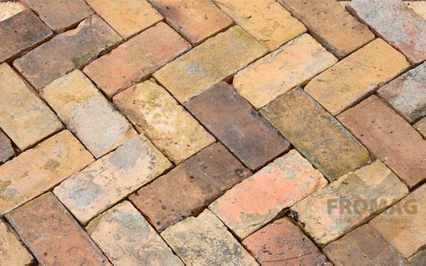 Fliesen Landhaus bodenplatten fliesen landhaus mauersteine backsteine ziegelboden in