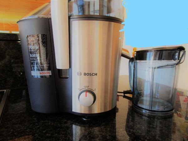 Bosch Entsafter, in Silbertal  Haushaltsgeräte, Hausrat  ~ Entsafter Bosch