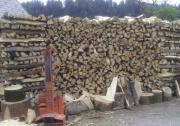 Brennholz 2J gelagert.
