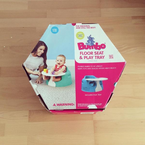 Bumbo Babysitz mit Tablett - Ebersberg - wir verkaufen einen sehr praktischen Bumbo Babysitz mit Tablett28 EUR (neu: 60 EUR) - Ebersberg