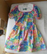 buntes Kleid mit