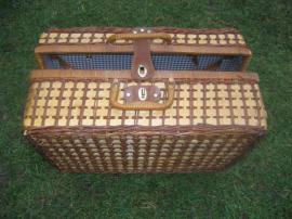 Campingartikel - Camping - Koffer Spielekoffer Kinderkoffer
