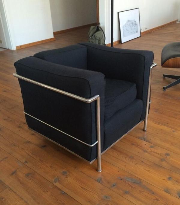 cassina lc2 sessel le corbusier bauhaus klassiker in tegernsee polster sessel couch kaufen. Black Bedroom Furniture Sets. Home Design Ideas