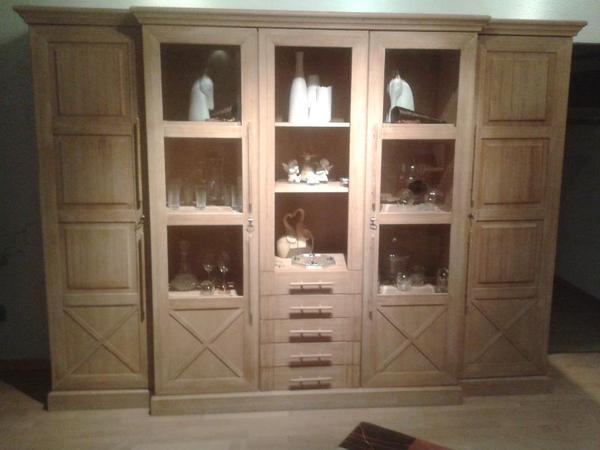 mbel oberhausen finest glcksrad drehte sich bei mbel boss. Black Bedroom Furniture Sets. Home Design Ideas