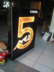Chanel Nr 5 Aufsteller mit
