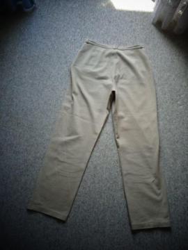 Damen Hose Jeans Gr 40: Kleinanzeigen aus Hamburg Eidelstedt - Rubrik Damenbekleidung