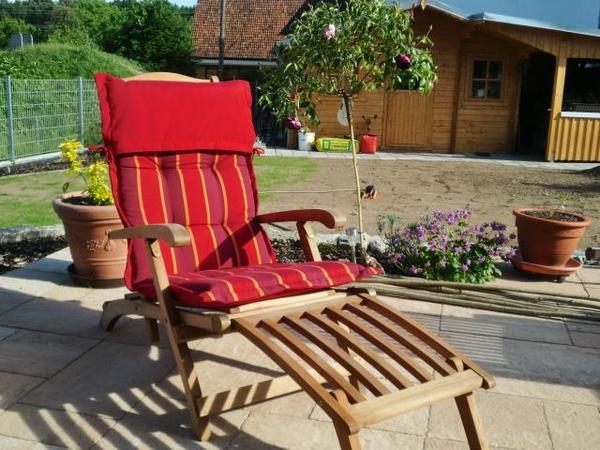 Deck-Chair (Liegestuhl mit Fußteil, das eingehängt werden ...