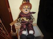 Dekopuppe Clown auf Schaukel