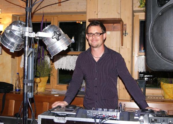 DJ München für Hochzeiten Fasching