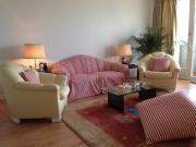 Elegantes Sofa und