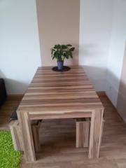 Esstisch & Sitzbänke