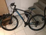 Fahrräder Mountainbikes
