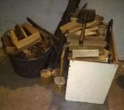 Fertig zugesägtes Holz