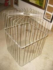 Formschöner Käfig
