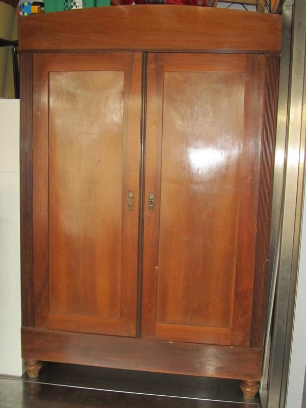 garderobenschrank kaufen garderobenschrank gebraucht. Black Bedroom Furniture Sets. Home Design Ideas