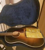 Gibson Acoustic Gitarre