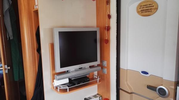 gebrauchte wohnwagen neu und gebraucht kaufen bei. Black Bedroom Furniture Sets. Home Design Ideas