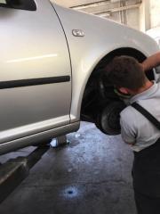 Günstige Auto- Reparatur