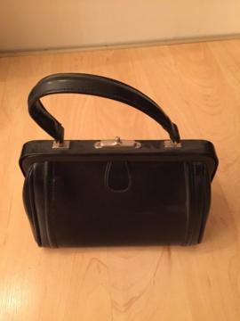 Bild 4 - Handtaschen 10 Stück Leder bis - Starnberg