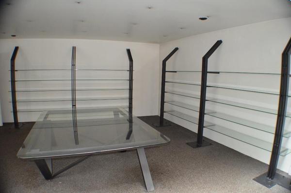 ladeneinrichtung regale neu und gebraucht kaufen bei. Black Bedroom Furniture Sets. Home Design Ideas