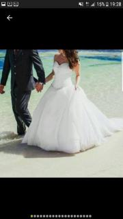Hochzeitskleid mit Zubehör