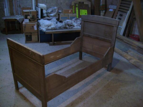 Holzbett, antik, » Betten