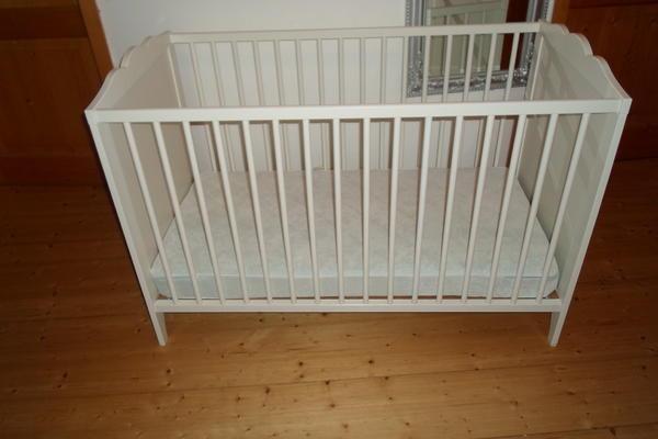 ikea babybett g nstig abzugeben in essing wiegen. Black Bedroom Furniture Sets. Home Design Ideas