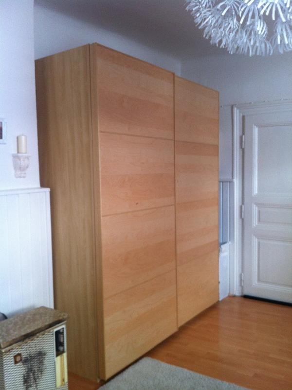 kleiderschrank mit schiebetren ikea pax kleiderschrank. Black Bedroom Furniture Sets. Home Design Ideas