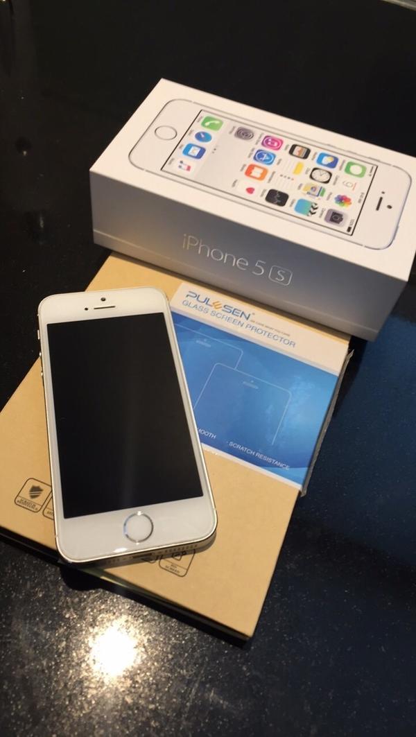 iphone 5s offen neuwertig in dornbirn apple iphone. Black Bedroom Furniture Sets. Home Design Ideas