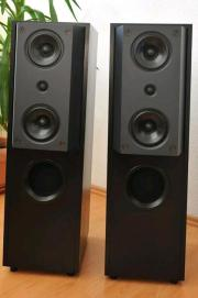 KEF reference 104